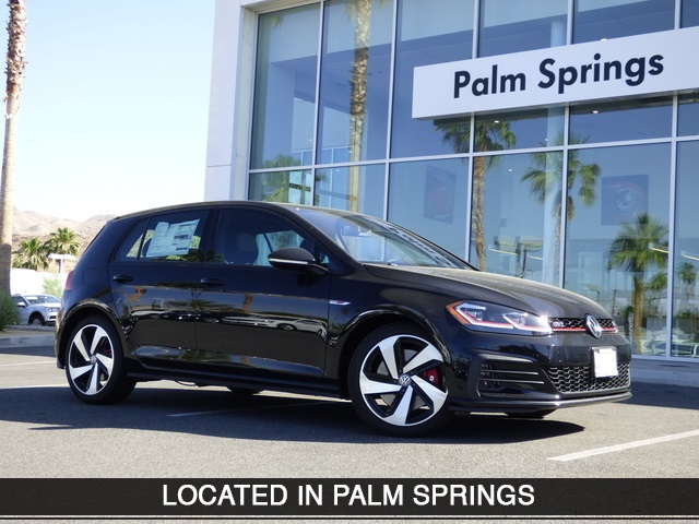 New 2018 Volkswagen Golf GTI 2.0T SE
