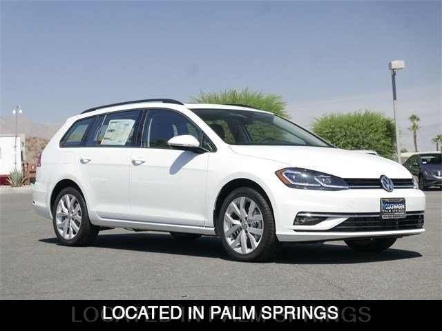 New 2019 Volkswagen Golf SportWagen SE