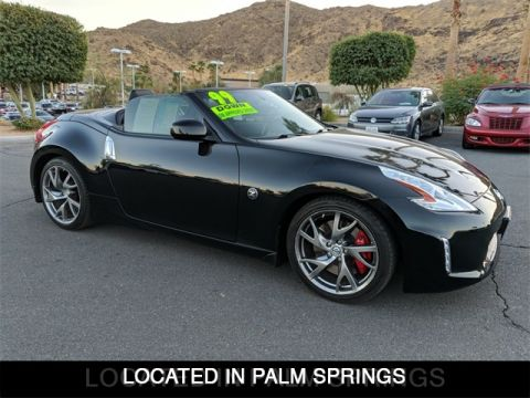 Pre-Owned 2016 Nissan 370Z Touring Sport